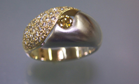 Mixed Metal Ring U