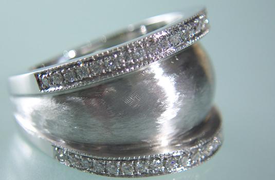 Gold-Ring-1O